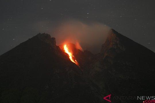 Gunung Merapi luncurkan 19 kali guguran lava