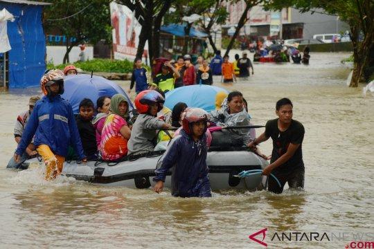 Bulog siapkan 20 ton beras untuk korban banjir di Sulawesi Selatan
