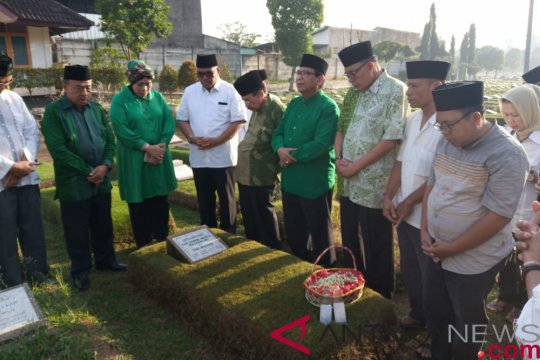 Pengurus harian PPP ziarah ke makam pendiri partai