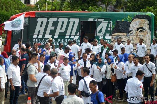 Bus relawan capres Jokowi berangkat dari Aceh
