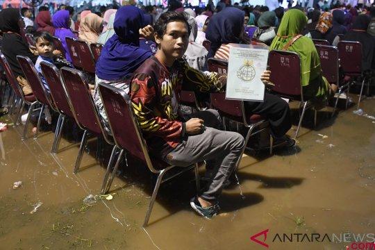 Sebagian warga Semarang adukan sertifikat ke Pos Blusukan Jokowi