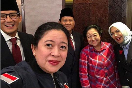 Prabowo-Megawati foto bersama sambil menunggu debat capres