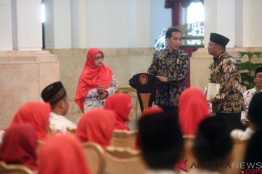 Guru asal Pemalang sampaikan persoalan guru honorer kepada Presiden