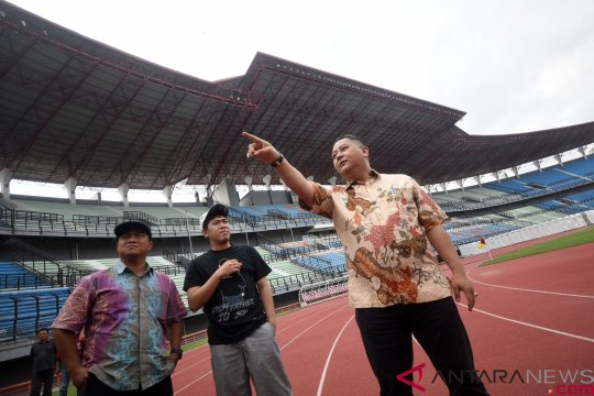 Latihan perdana Persebaya diikuti pemain klub internal