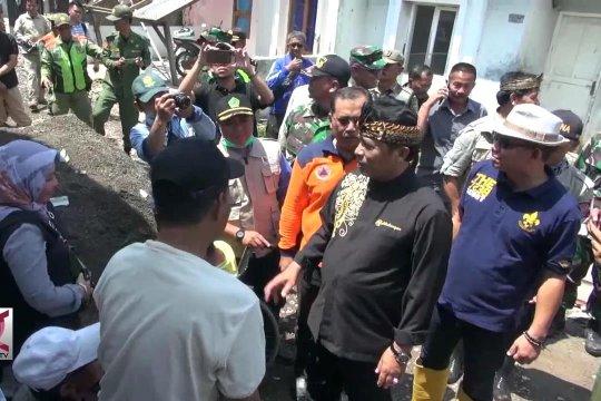 Bupati Bandung perbaiki rumah terdampak Puting Beliung
