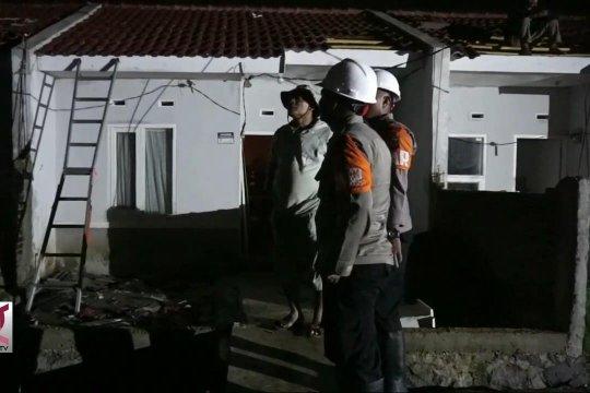 Ratusan rumah warga rusak akibat puting beliung di Rancaekek