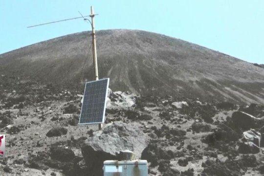 Alat pemantau di Gunung Anak Krakatau rusak