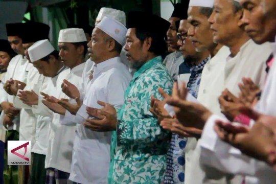 Santri gelar doa bersama dan deklarasi tolak hoax