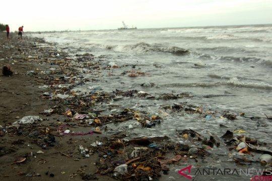 50 ton sampah terkumpul melalui kerja bakti di Wakatobi