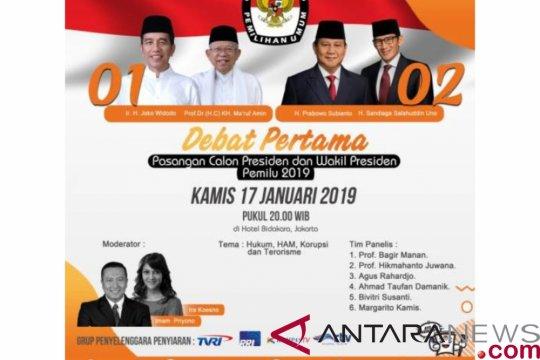 Persiapan nonton bareng debat calon presiden di Makassar