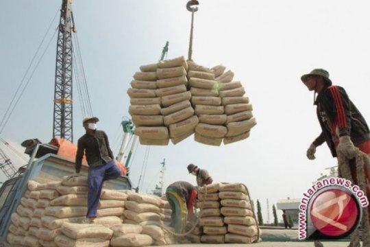 Antisipasi tekanan pasar domestik, Semen Indonesia optimalkan ekspor
