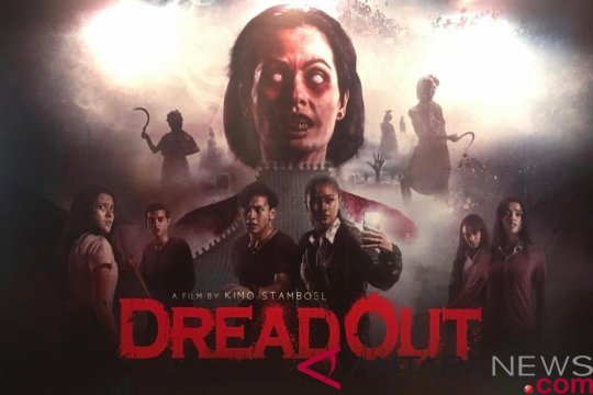 """DreadOut"", hantu VS ponsel pintar"
