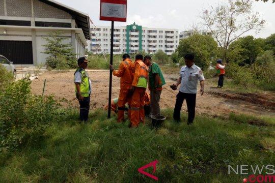 Dinas LH pasang papan peringatan di pasir limbah Marunda