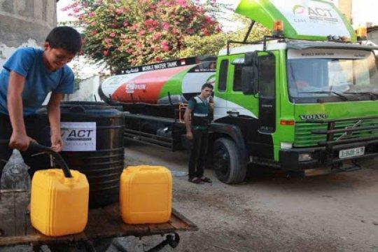 ACT gunakan truk tanki air 10.000 liter layani korban bencana