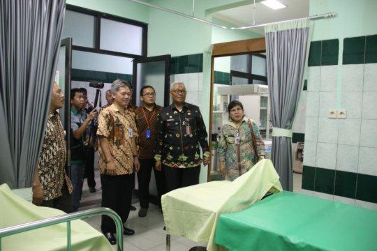 Wali Kota Jakarta Utara meresmikan ruang bersalin Puskesmas Kamal Muara