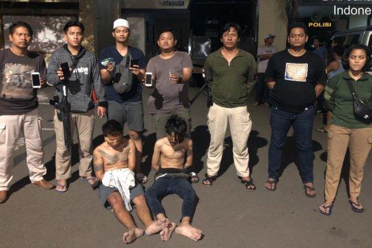 Tim Tiger Polres Jakarta Utara bekuk dua perampok di Tanjung Priok
