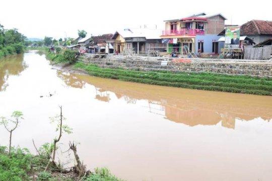 Pemerintah terus normalisasi sungai di Bima, cegah banjir besar