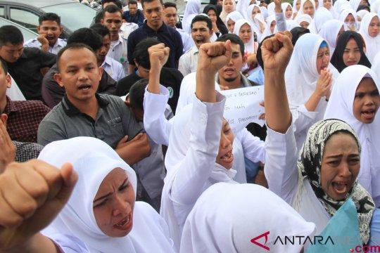 Demo tenaga medis di Aceh Barat