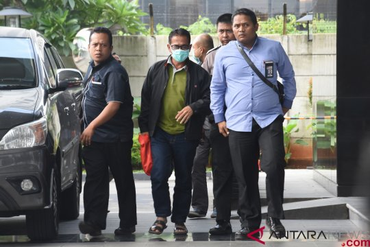 Tim KPK bawa Bupati Mesuji ke Jakarta