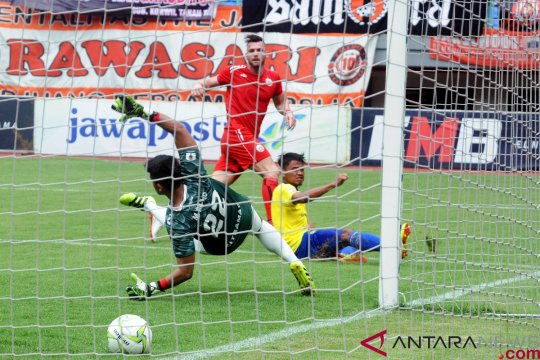 Persija tundukkan 757 Kepri Jaya FC