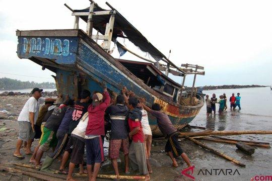Dana bantuan tsunami digalang himpunan nelayan Bangka