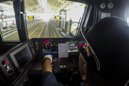 Pengamat sebut MRT efektif kendati kebijakan terlambat