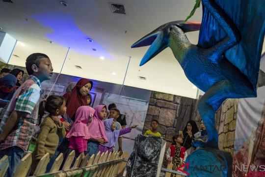 Wisata edukasi dinosaurus