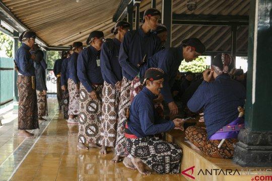Wisuda abdi dalem Keraton Yogyakarta