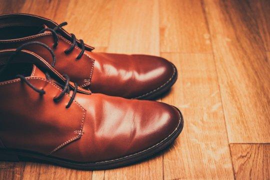 Tips koleksi sepatu agar awet & rapi setiap saat