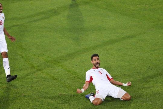 Jordania kalahkan Suriah 2-0
