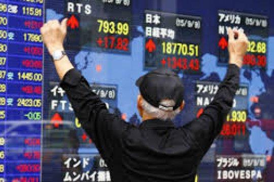 Saham Tokyo ditutup menguat, di tengah harapan stimulus AS dan laba