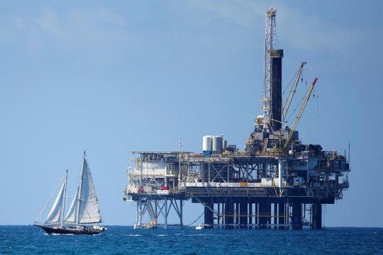 Harga minyak turun, dipicu kekhawatiran perdagangan dan ekonomi global