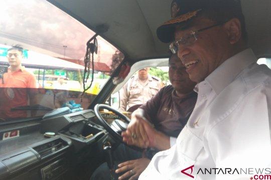 Menhub: boleh pakai GPS saat kendaraan berhenti