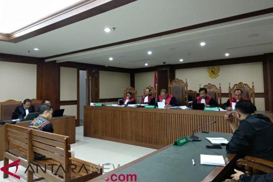 Perantara suap dana alokasi daerah divonis 4 tahun penjara
