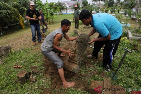 Nisan zaman Kesultanan Aceh Darussalam