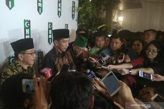 Akbar Tandjung doakan Jokowi teruskan pembangunan periode berikutnya
