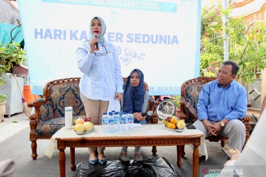 Istri Sandiaga mengajak masyarakat peduli kanker