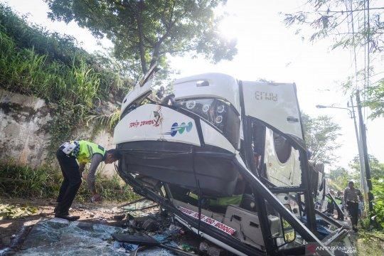 Korban bus terguling dirawat di RSUD Cicalengka