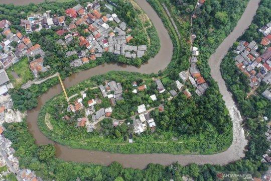 Riza Patria pastikan proyek normalisasi sungai tetap bergulir