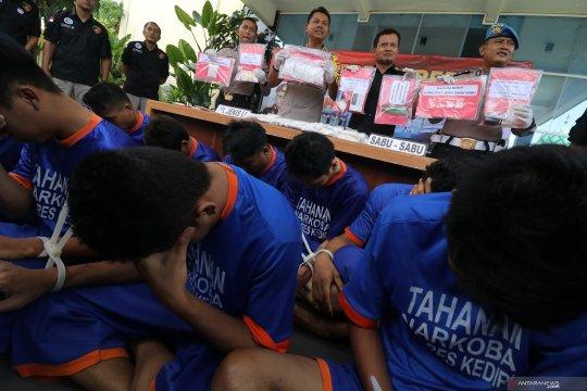 Polres Ngawi tangkap enam tersangka peredaran narkoba dan pil koplo