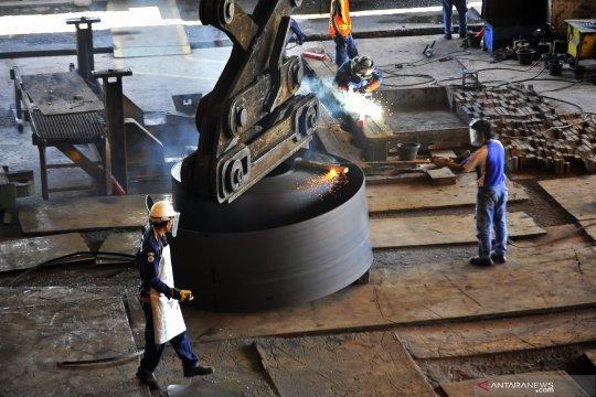 Kemenperin sebut impor baja 2020 turun 34 persen