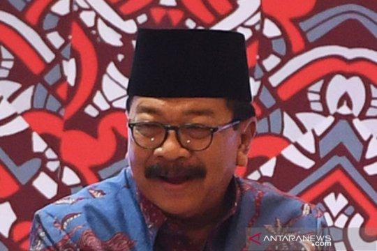 Soekarwo hadiri pelantikan Khofifah-Emil Dardak di Istana Negara