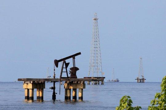 AS sanksi Venezuela, harga minyak Amerika Latin naik