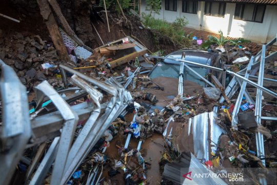 Kementerian PUPR bantu penanganan darurat tanggul rusak