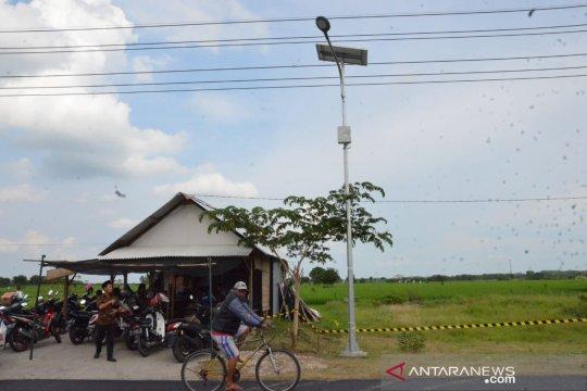 Kementerian ESDM pasang 1.200 lampu surya di Jawa Timur