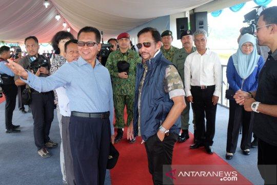 Sultan Brunei panen perdana padi asal Indonesia