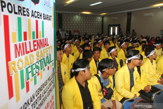 """Ribuan orang ramaikan """"Millennial Road Safety Festival"""" di Bantul"""