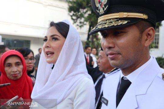 Arumi dipesani Iriana Jokowi agar menjaga Emil Dardak