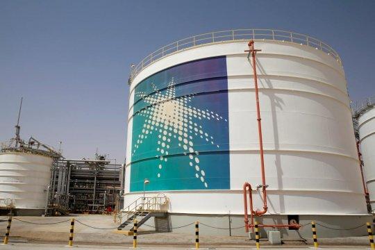 Harga minyak anjlok 6 persen, Arab Saudi berhasil pulihkan pasokan