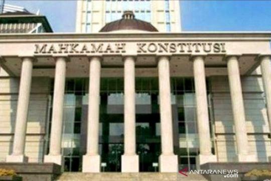 MK akan putuskan uji UU PT